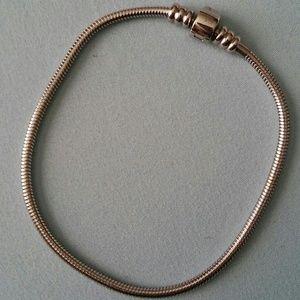 Jewelry - Women's Silver Charm Bracelet